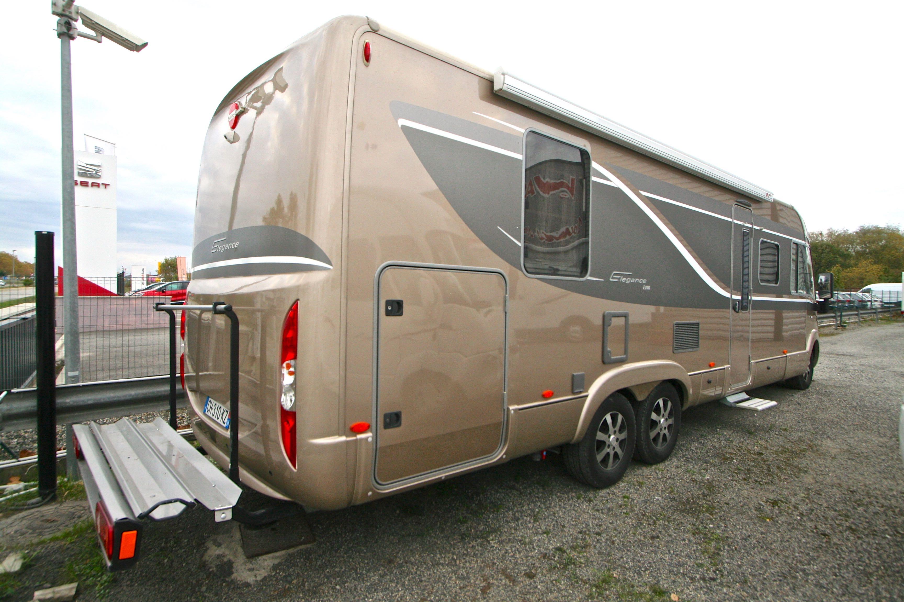 burstner elegance i 890 g occasion de 2012 fiat camping car en vente roques sur garonne. Black Bedroom Furniture Sets. Home Design Ideas