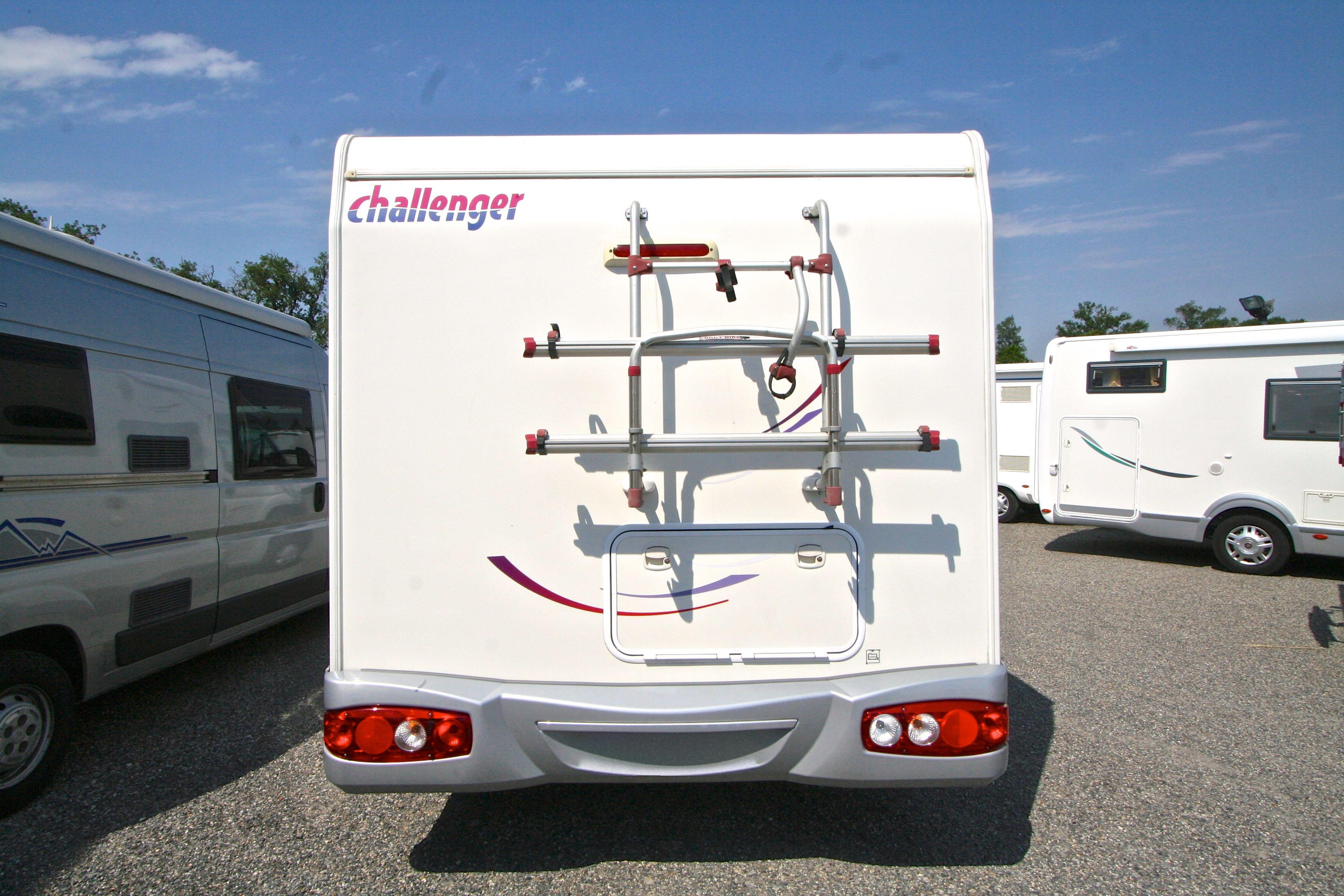 challenger genesis 38 occasion de 2008 fiat camping car en vente roques sur garonne haute. Black Bedroom Furniture Sets. Home Design Ideas