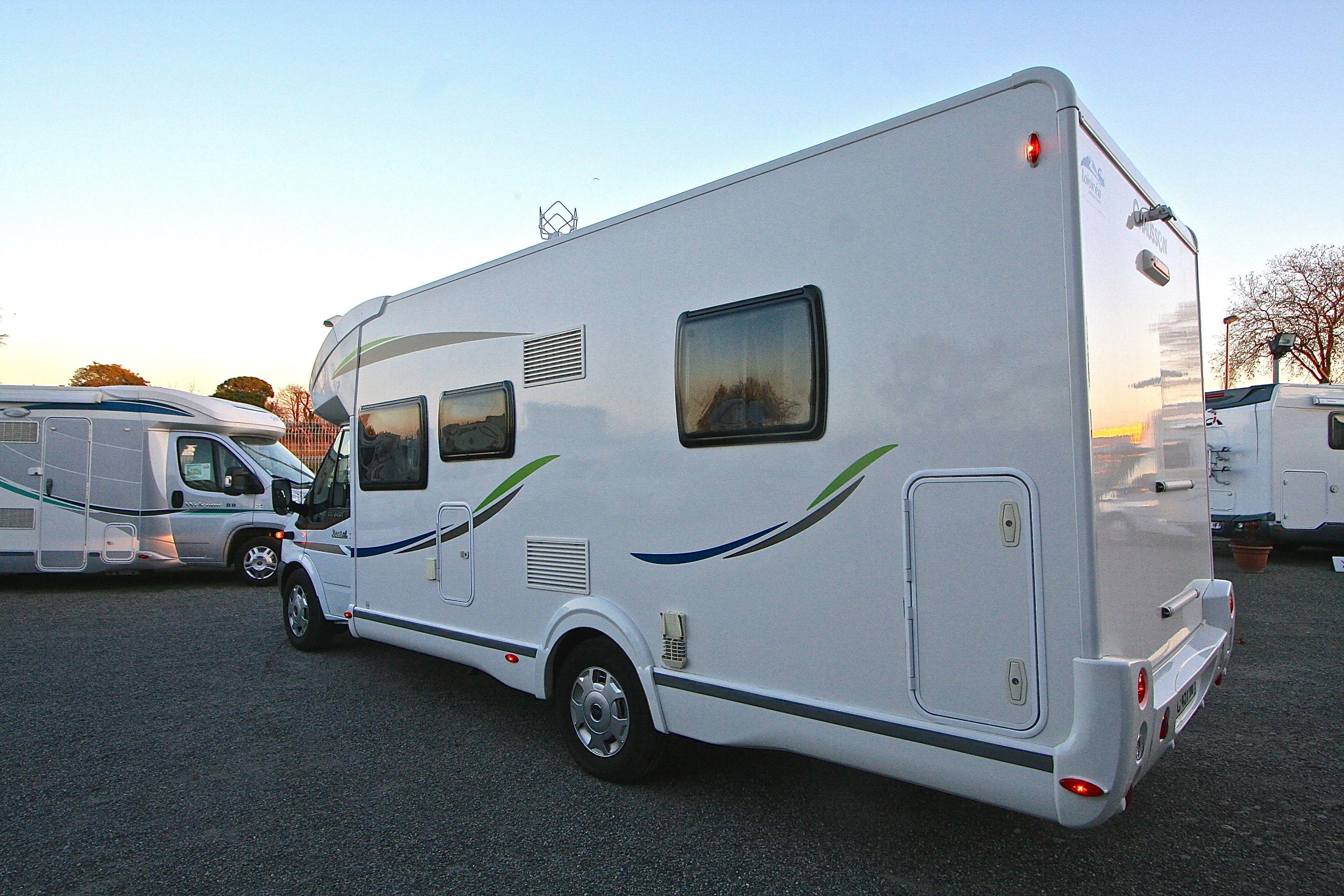 chausson best of 30 occasion de 2014 ford camping car en vente roques sur garonne haute. Black Bedroom Furniture Sets. Home Design Ideas