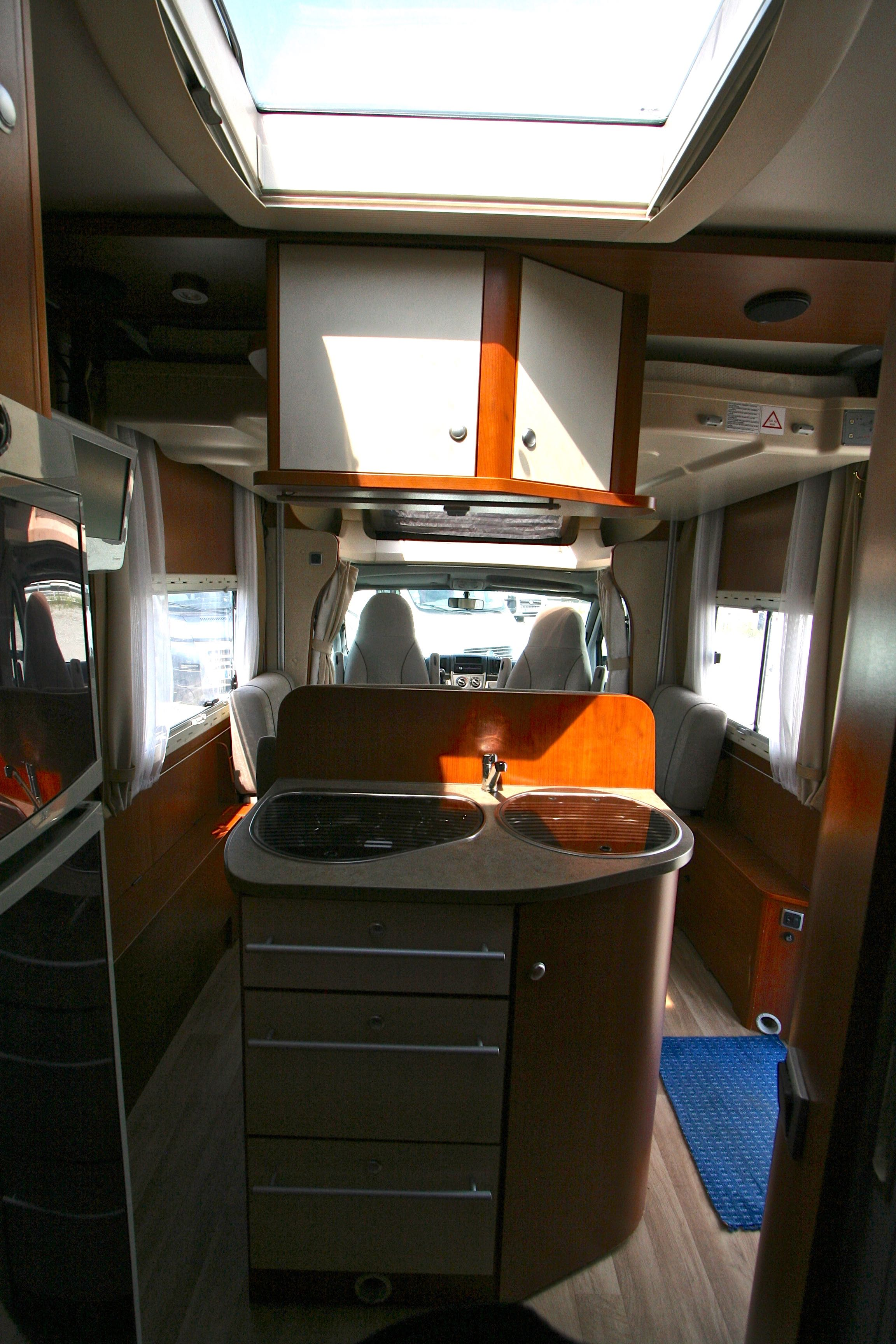 Chausson sweet garage occasion fiat camping car en for Assurance pro garage