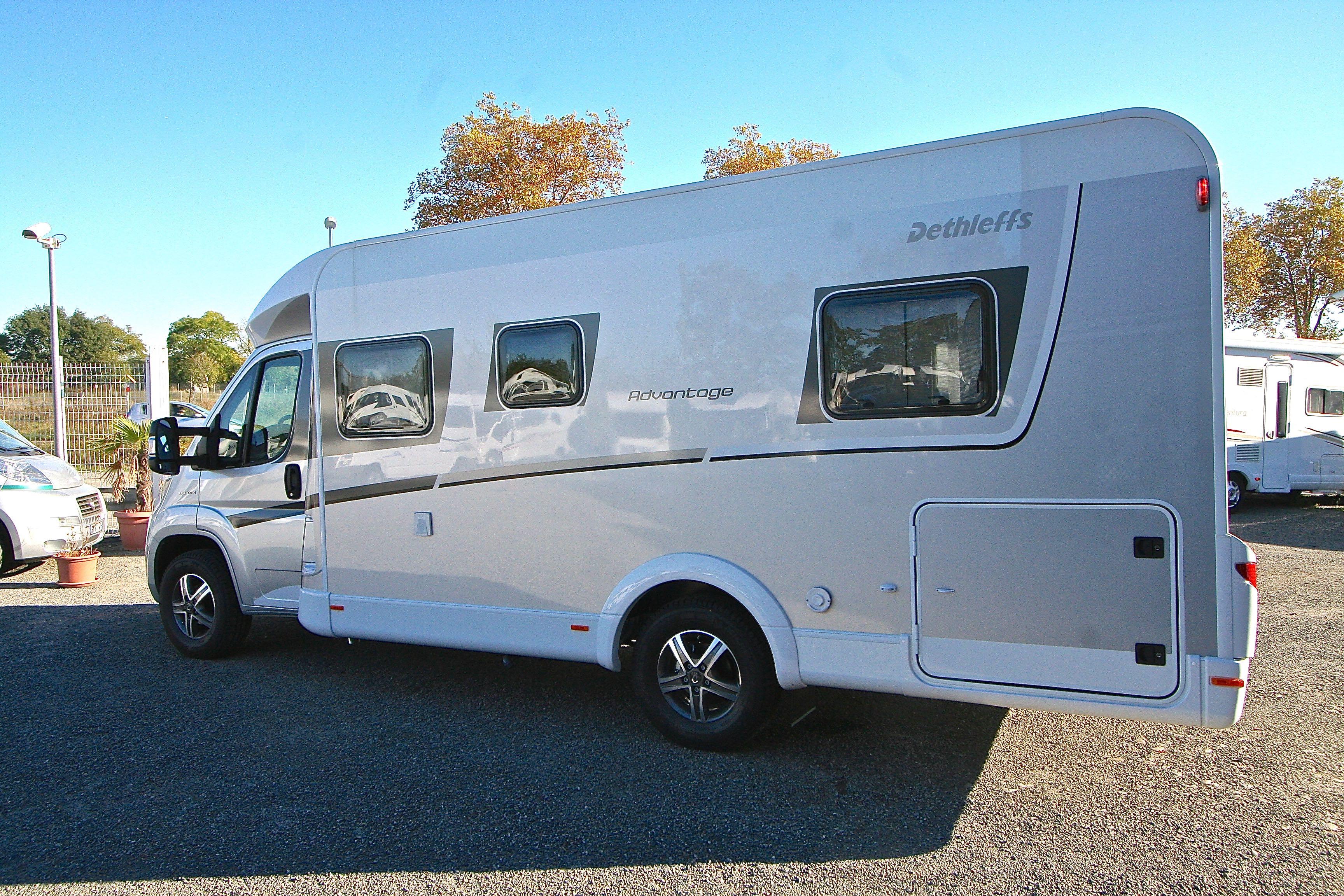 dethleffs advantage t 6651 neuf fiat camping car en vente roques sur garonne haute. Black Bedroom Furniture Sets. Home Design Ideas