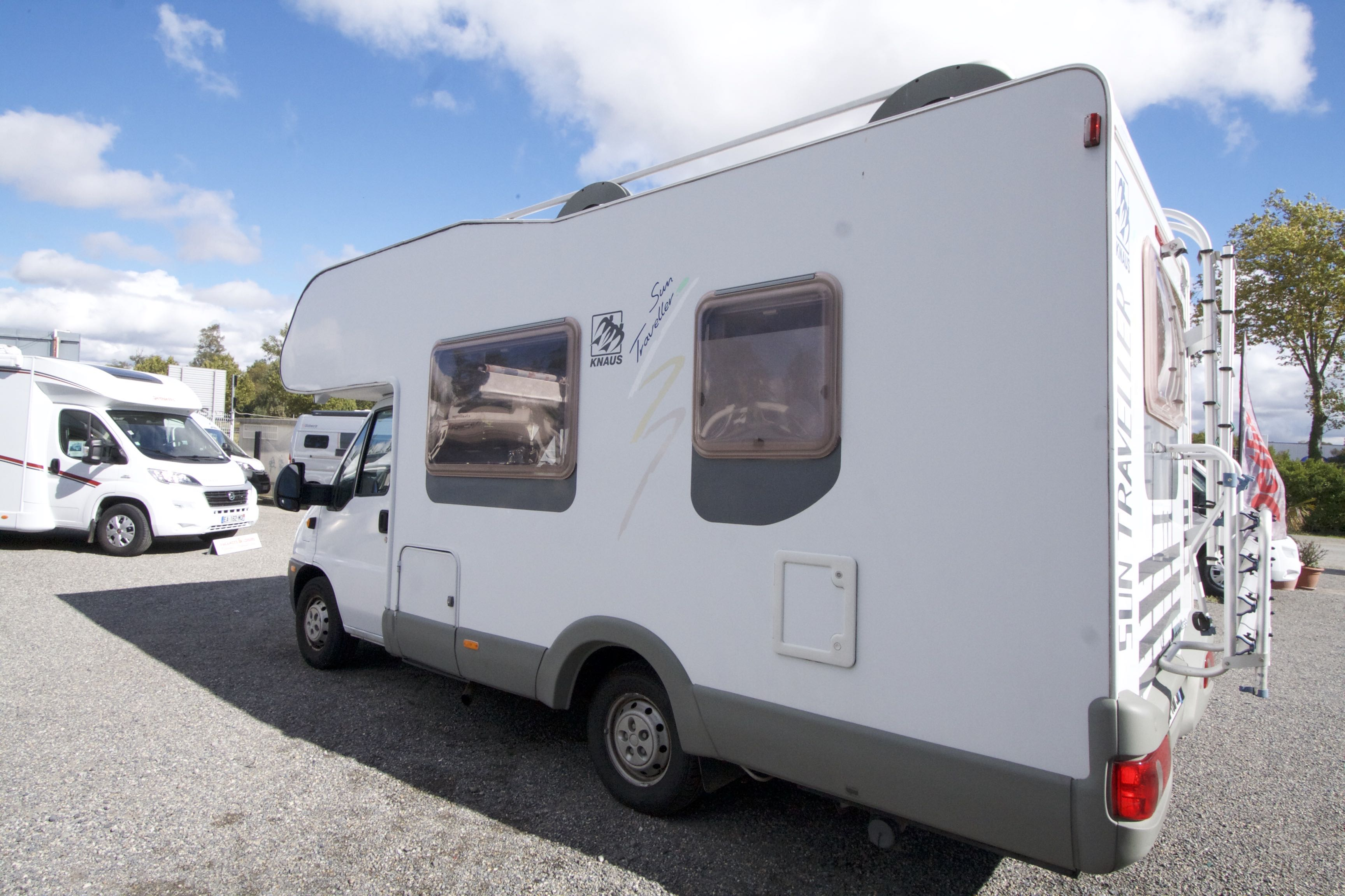 knaus sun traveller occasion de 2003 fiat camping car en vente roques sur garonne haute. Black Bedroom Furniture Sets. Home Design Ideas