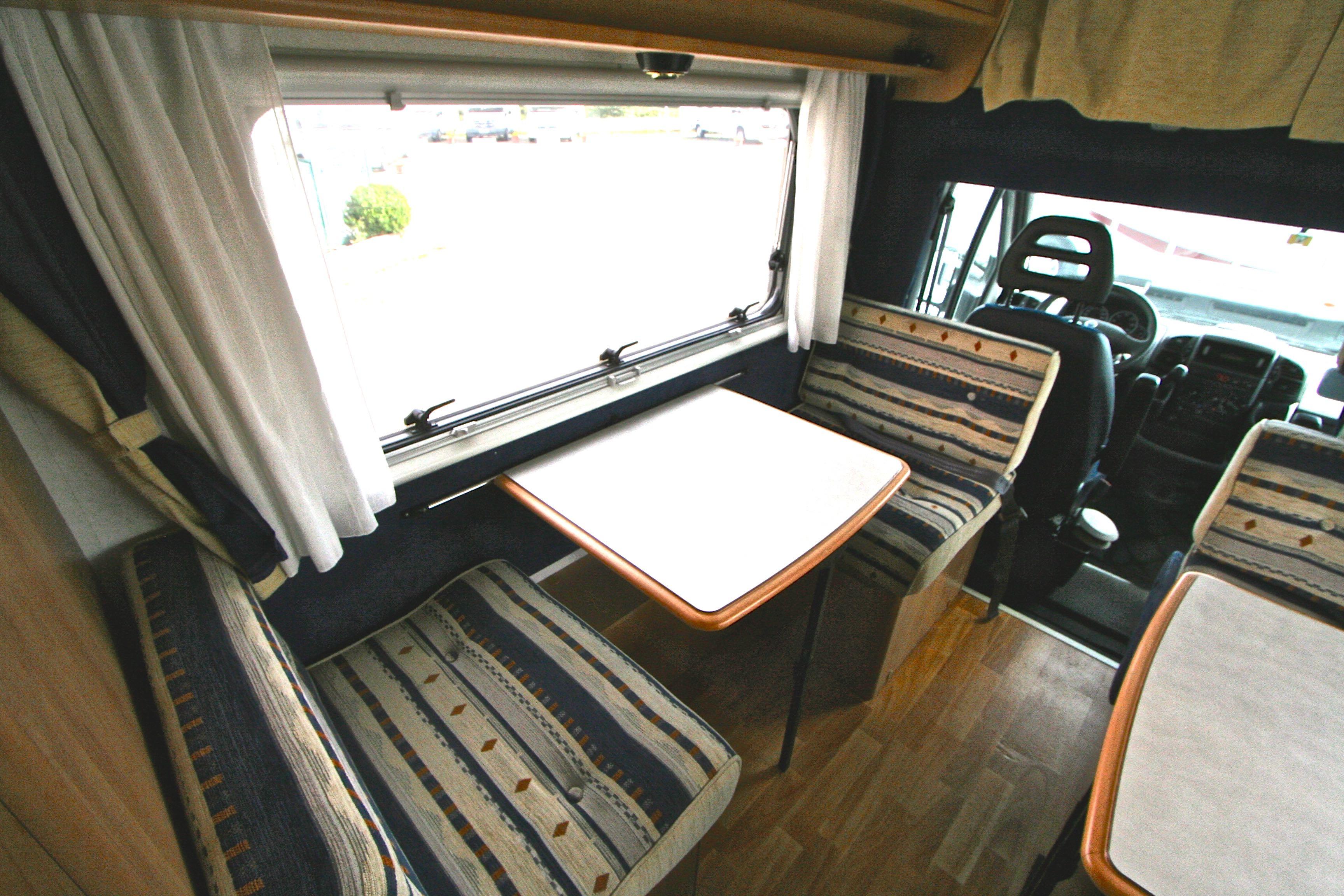 mc louis glen 560 occasion fiat camping car en vente roques sur garonne haute garonne 31. Black Bedroom Furniture Sets. Home Design Ideas