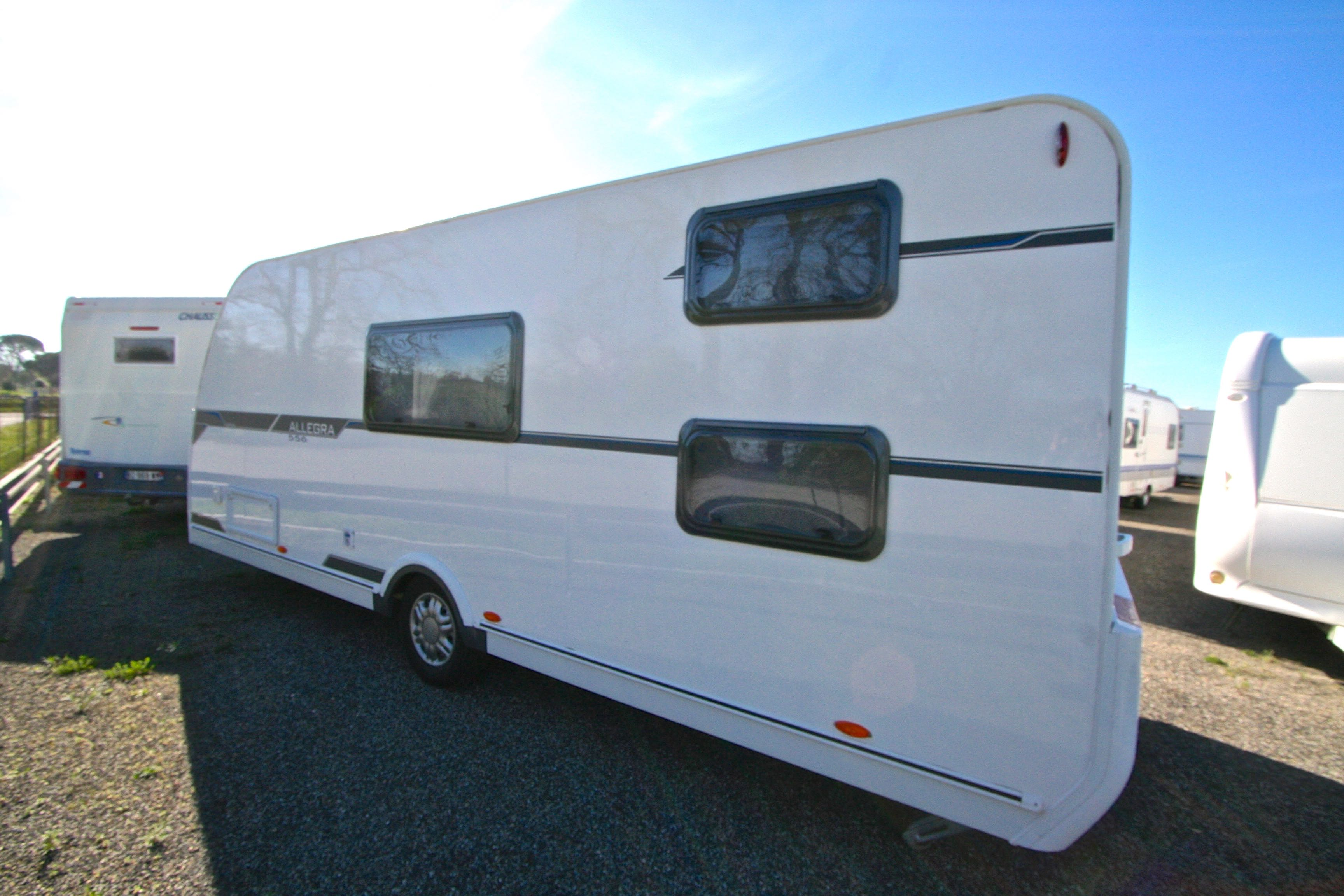 caravelair allegra 556 occasion caravane en vente roques. Black Bedroom Furniture Sets. Home Design Ideas
