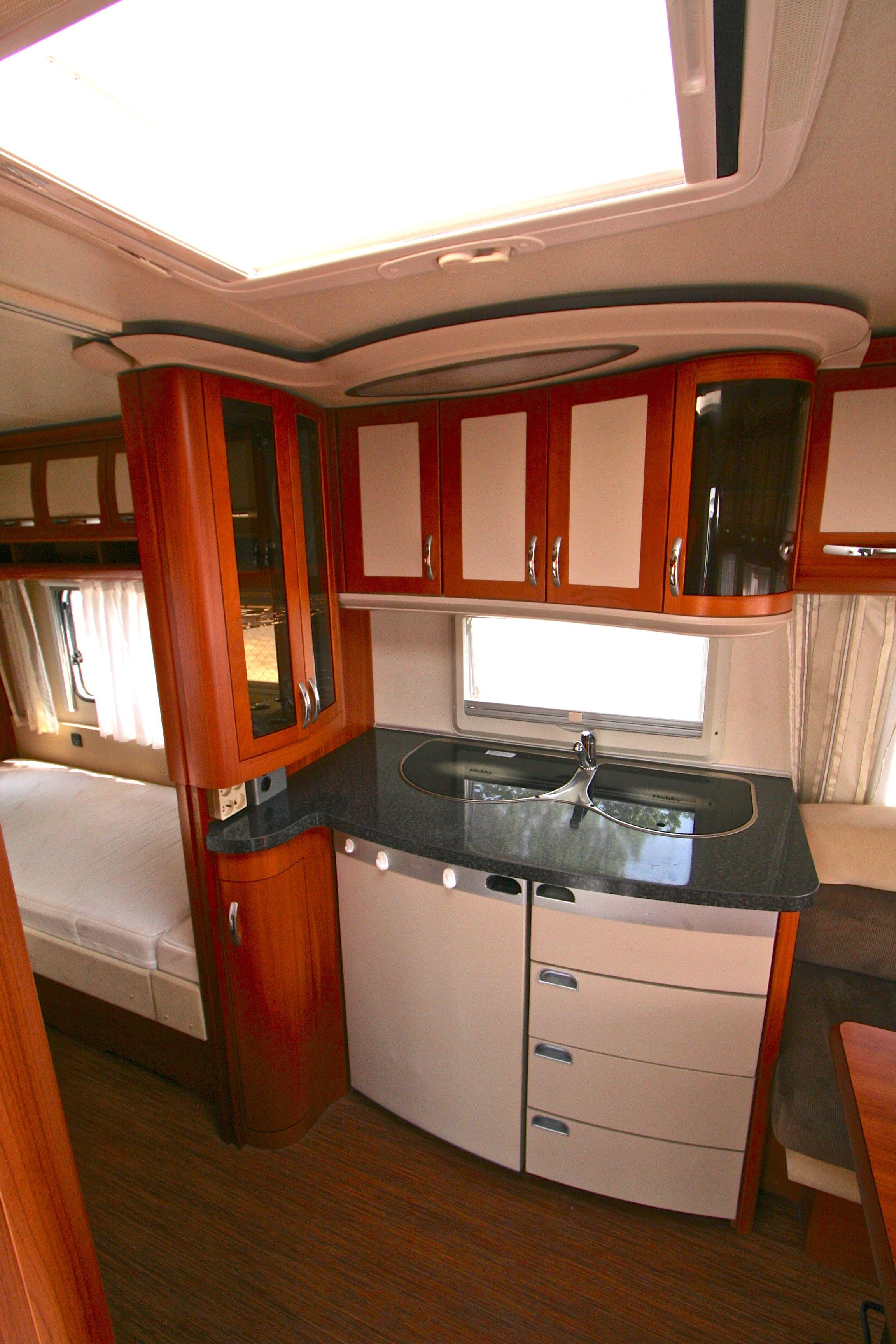 hobby 540 wlu prestige occasion de 2011 caravane en vente roques sur garonne haute garonne. Black Bedroom Furniture Sets. Home Design Ideas