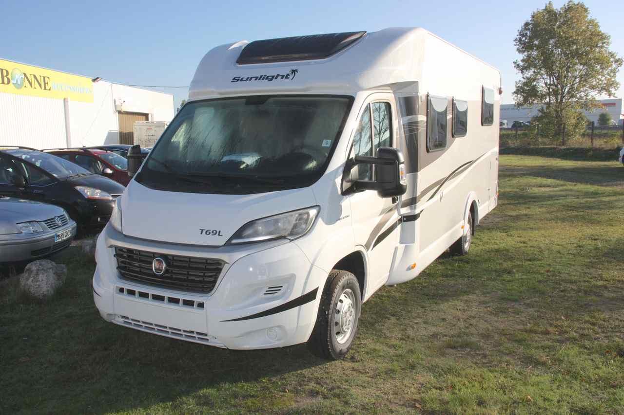 sunlight t 69 l neuf de 2016 fiat camping car en vente merignac gironde 33. Black Bedroom Furniture Sets. Home Design Ideas