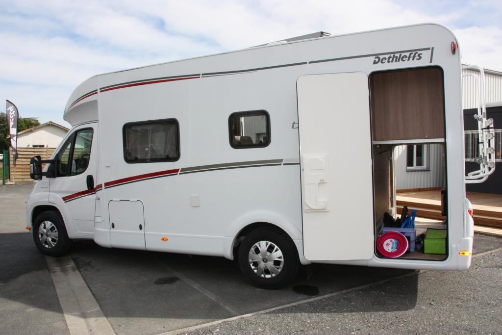 location trend t 6767 dethleffs location camping car merignac gironde 33. Black Bedroom Furniture Sets. Home Design Ideas