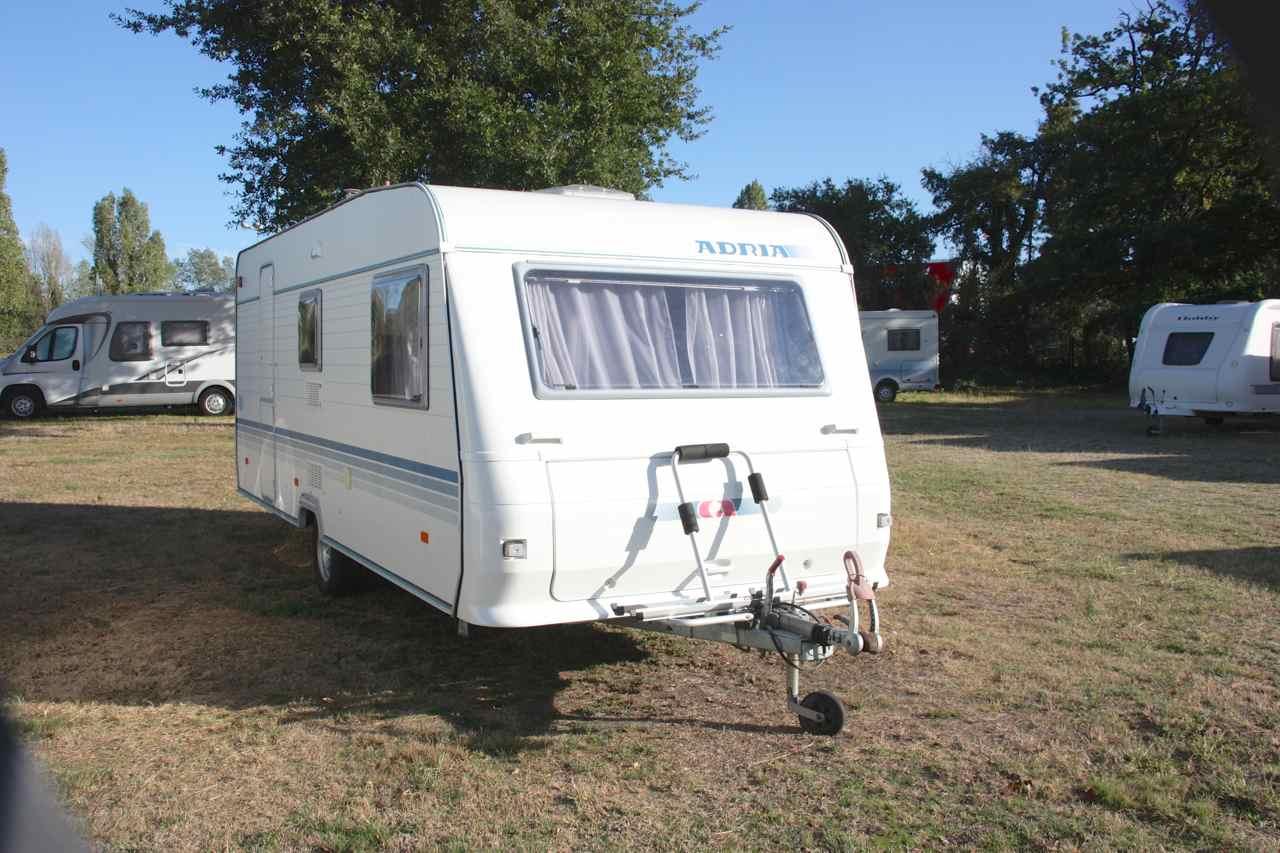 adria 542 pk occasion de 2007 caravane en vente merignac gironde 33. Black Bedroom Furniture Sets. Home Design Ideas