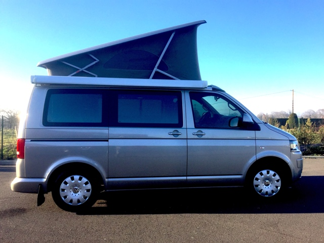 volkswagen t5 california comfortline occasion de 2010 vw. Black Bedroom Furniture Sets. Home Design Ideas