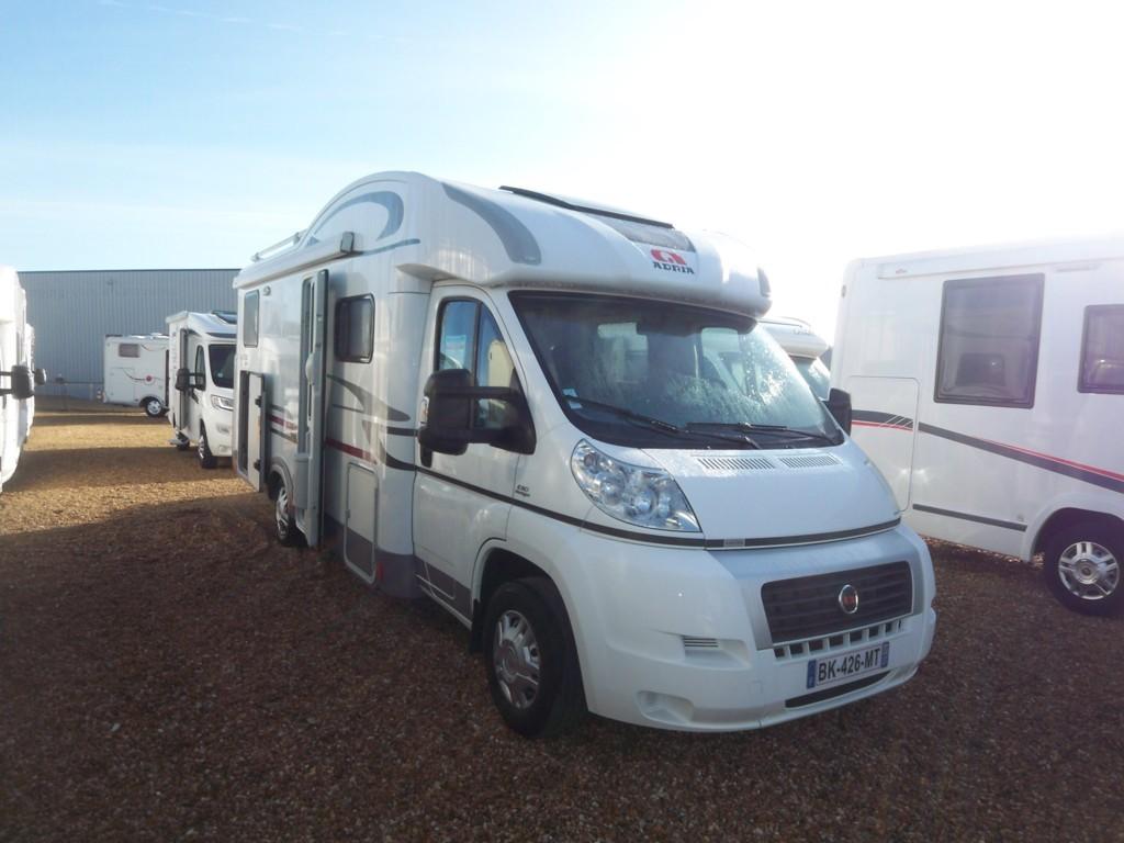 adria matrix 680 sp occasion de 2011 fiat camping car en vente parcay meslay indre et. Black Bedroom Furniture Sets. Home Design Ideas