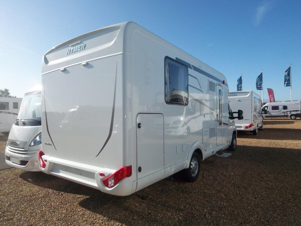 hymer tramp 698 cl facelift neuf de 2018 fiat camping car en vente parcay meslay indre et. Black Bedroom Furniture Sets. Home Design Ideas