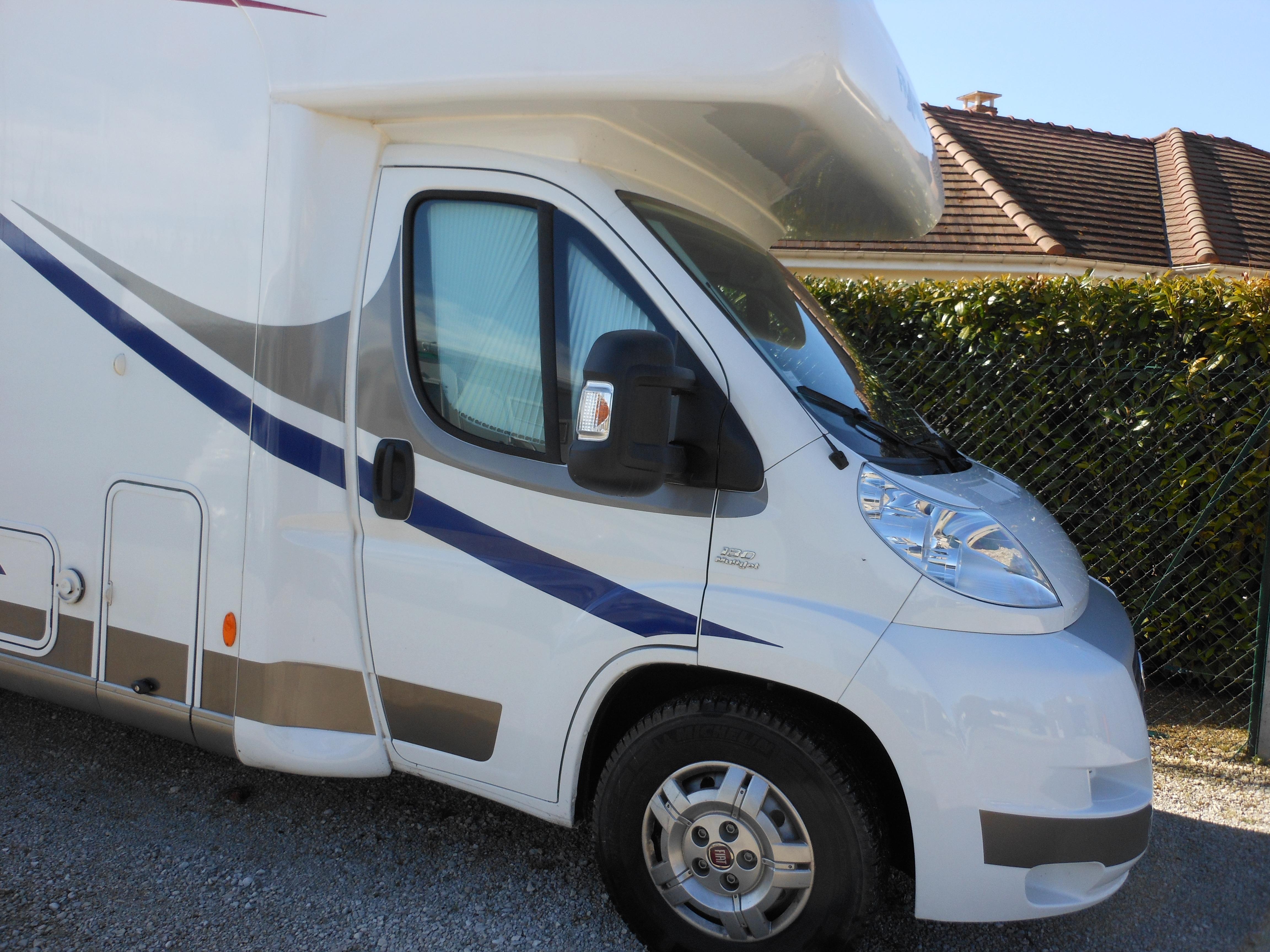 frankia a 50 plus occasion de 2012 fiat camping car en vente saint pouange troyes aube 10. Black Bedroom Furniture Sets. Home Design Ideas