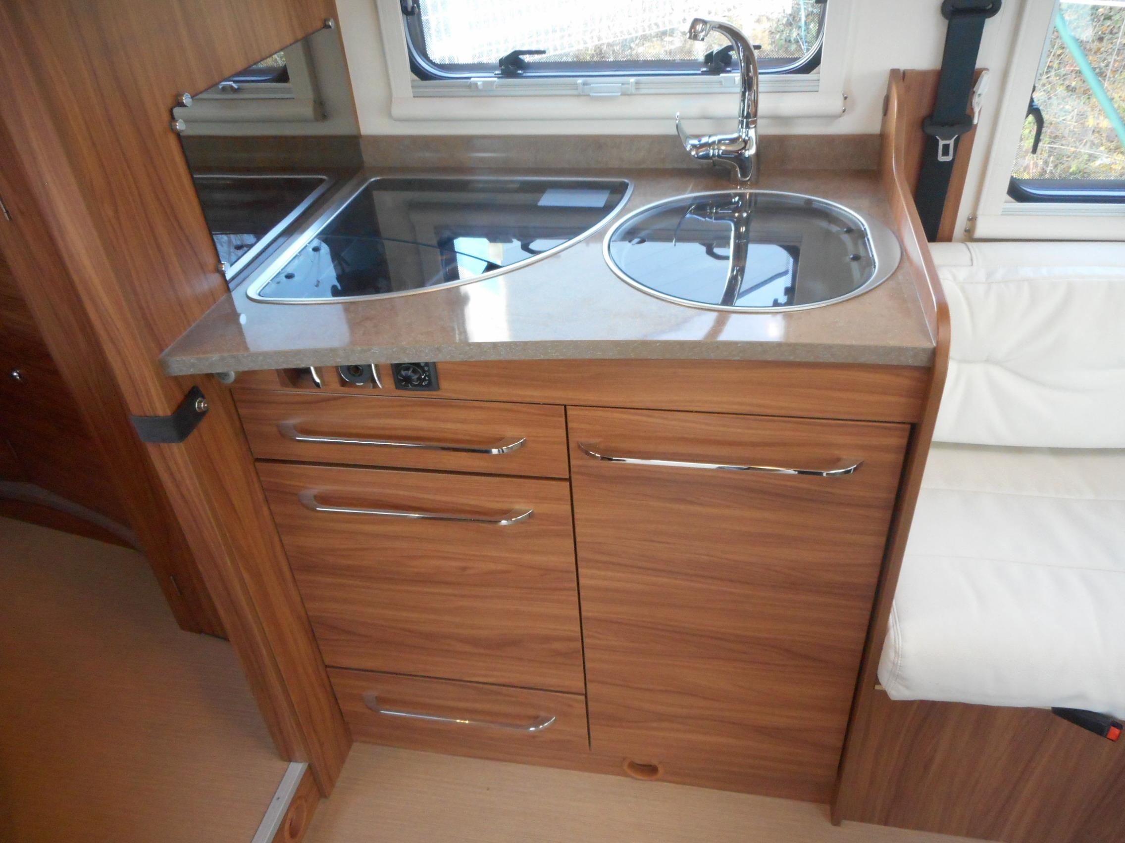 itineo mc 650 occasion de 2016 fiat camping car en. Black Bedroom Furniture Sets. Home Design Ideas