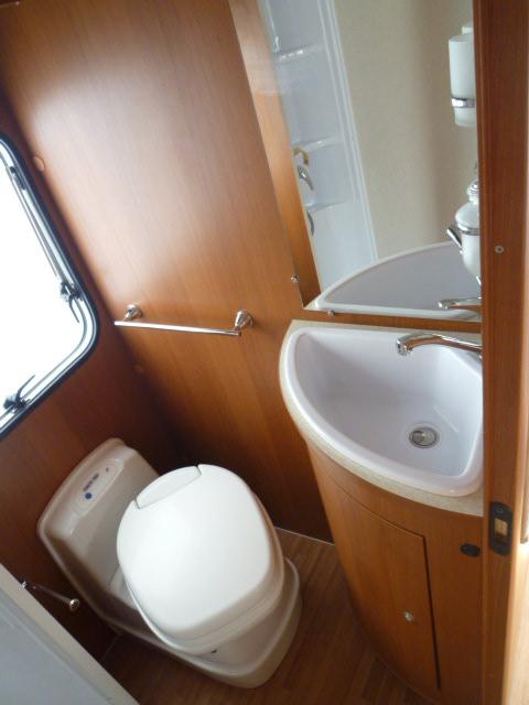 elnagh baron 580 l occasion de 2010 fiat camping car. Black Bedroom Furniture Sets. Home Design Ideas