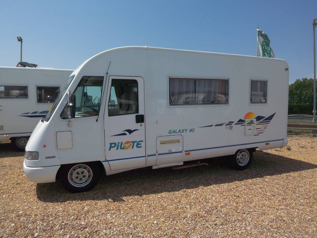 pilote galaxy 40 occasion de 2001 ducato camping car en vente monce en belin sarthe 72. Black Bedroom Furniture Sets. Home Design Ideas