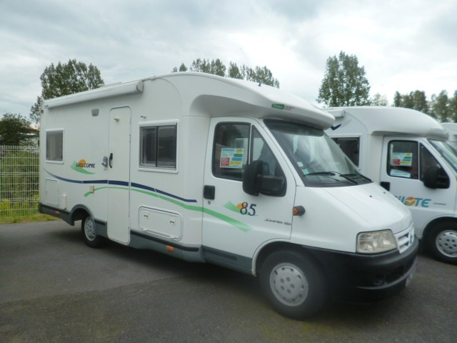 chausson welcome 85 occasion de 2003 fiat camping car en vente ergue gaberic finistere 29. Black Bedroom Furniture Sets. Home Design Ideas