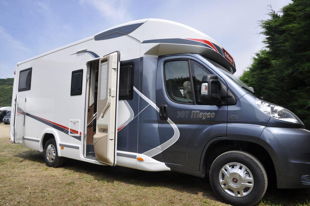challenger mageo 397 occasion de 2014 fiat camping car. Black Bedroom Furniture Sets. Home Design Ideas