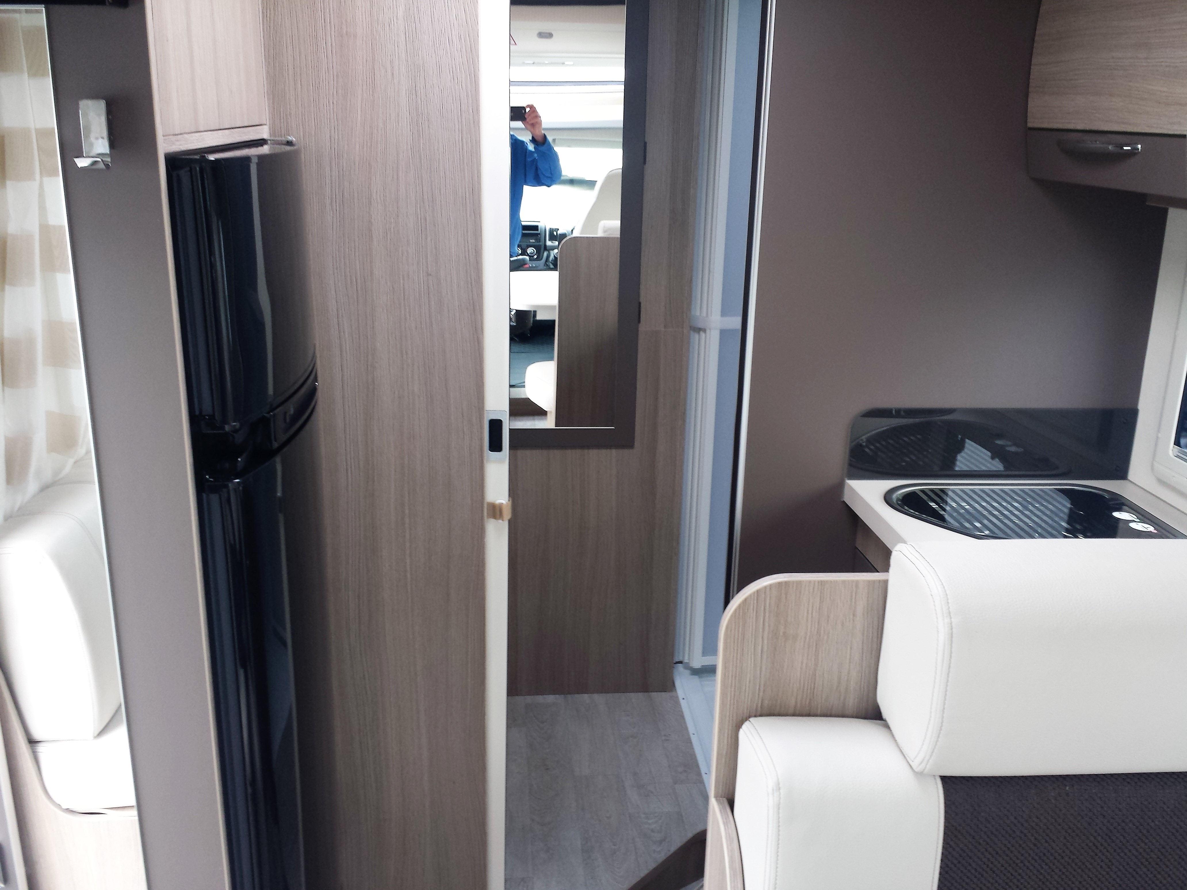 challenger genesis 290 occasion porteur fiat 2 3 l. Black Bedroom Furniture Sets. Home Design Ideas