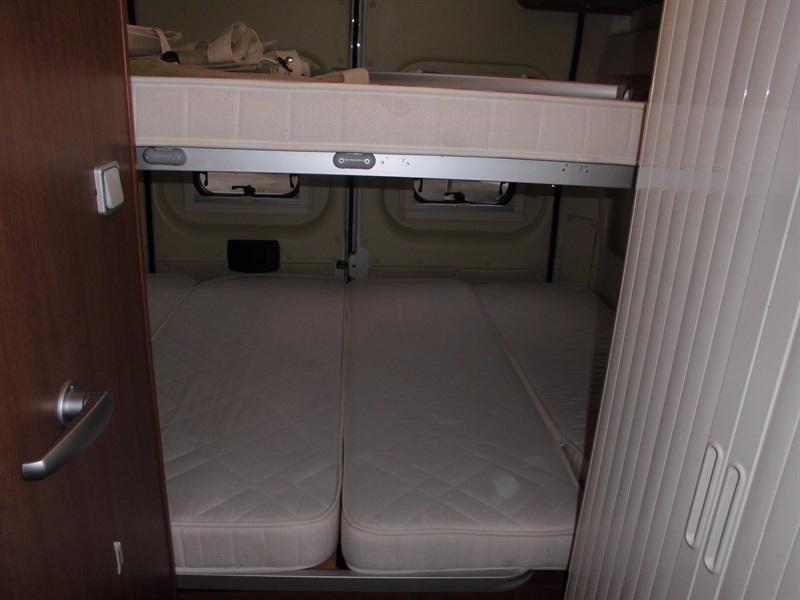challenger vany 07 prestige occasion porteur fiat 2 3l 130ch camping car vendre en oise 60. Black Bedroom Furniture Sets. Home Design Ideas