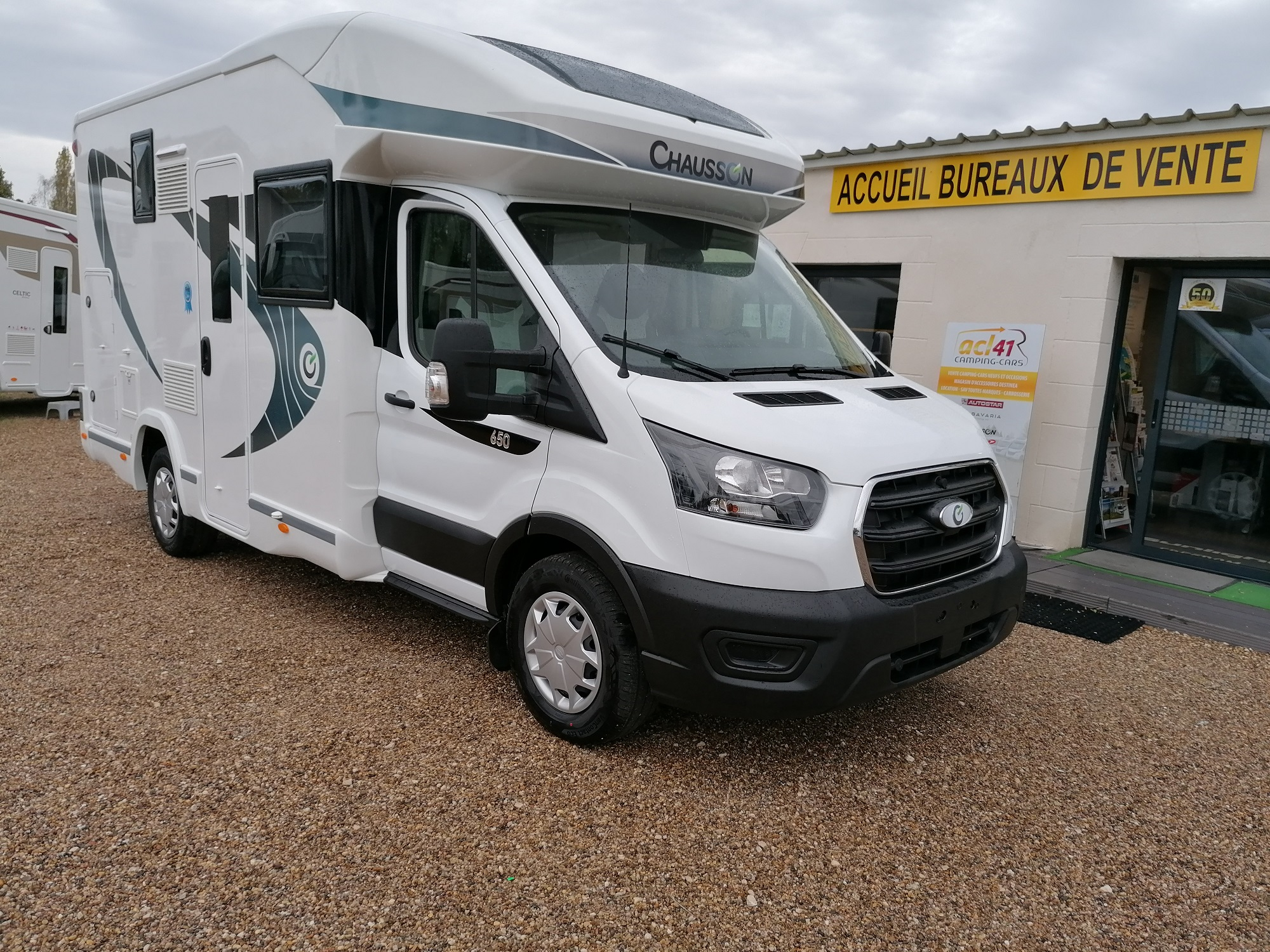 Chausson 650 First Line