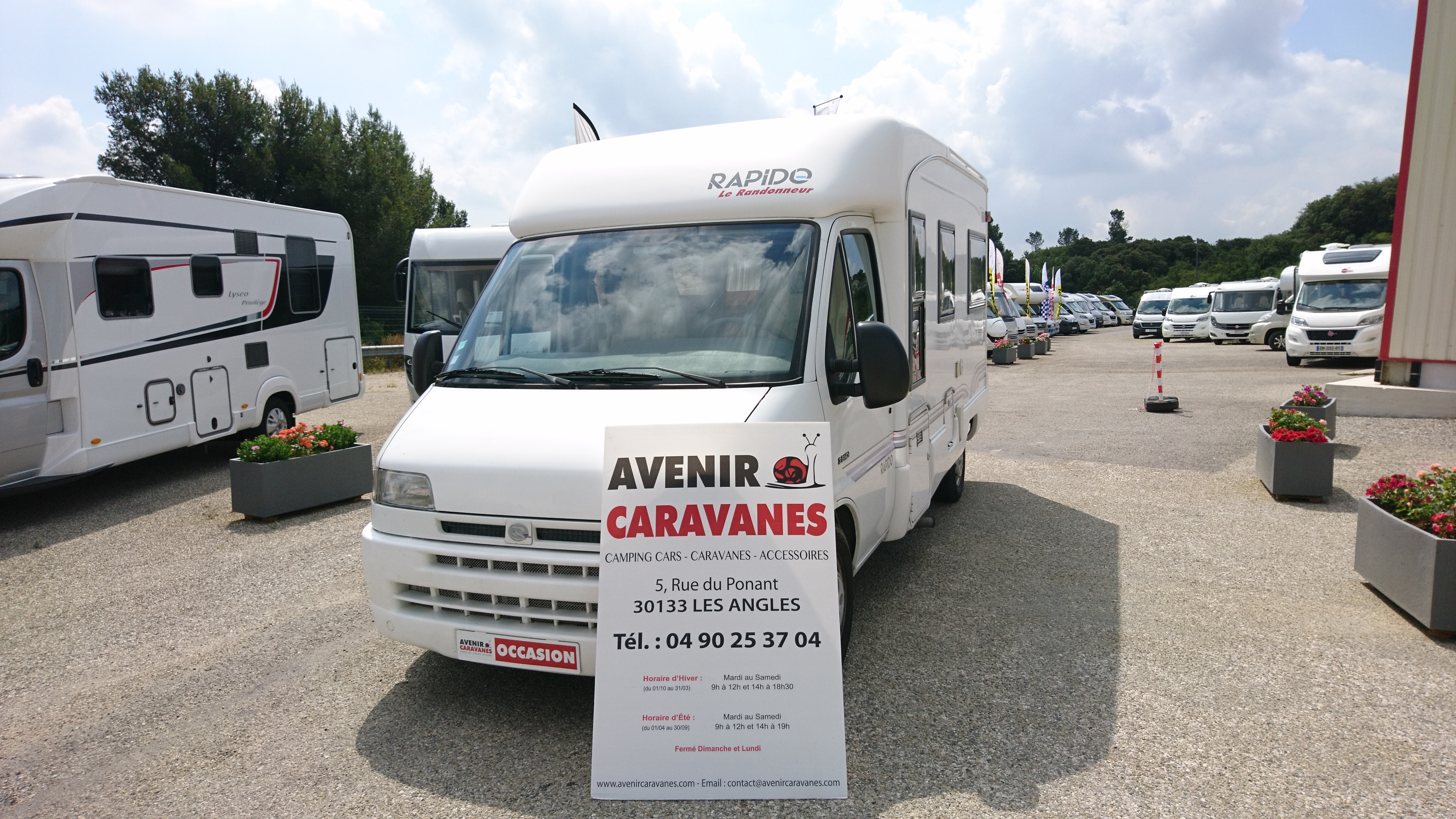 Rapido 710 c occasion de 2001 citroen camping car en for Garage citroen les angles 30