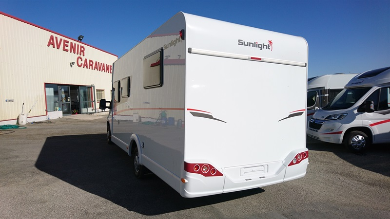 Sunlight t 68 neuf de 2018 citroen camping car en for Garage citroen les angles 30