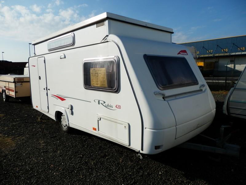 trigano rubis 420 occasion de 2006 caravane en vente pierrelaye val d oise 95. Black Bedroom Furniture Sets. Home Design Ideas