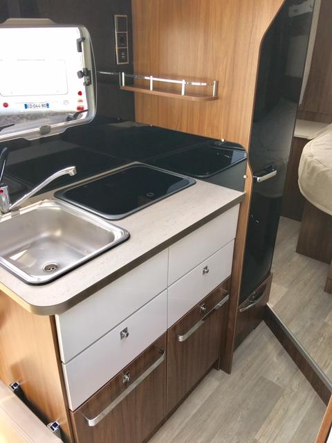pilote g 650 c neuf de 2017 fiat camping car en vente berck sur mer pas de calais 62. Black Bedroom Furniture Sets. Home Design Ideas