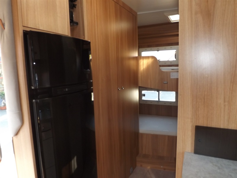 challenger genesis 296 occasion porteur fiat duca o 2 3l mul ije 130ch diesel camping car. Black Bedroom Furniture Sets. Home Design Ideas