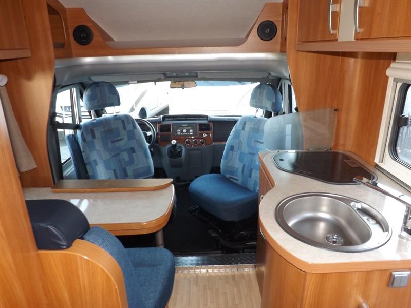eriba emotion 693 occasion porteur ford t a si 2 2l tdci 130ch diesel camping car vendre en. Black Bedroom Furniture Sets. Home Design Ideas