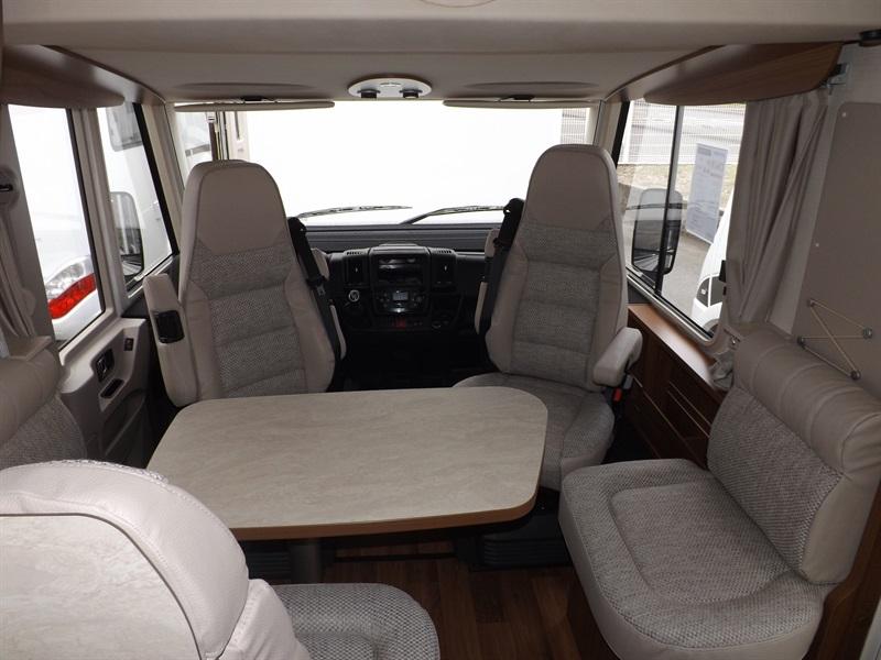 hymer exsis i 598 neuf porteur fiat duca o 2 3l mul ije 130ch camping car vendre en puy de. Black Bedroom Furniture Sets. Home Design Ideas