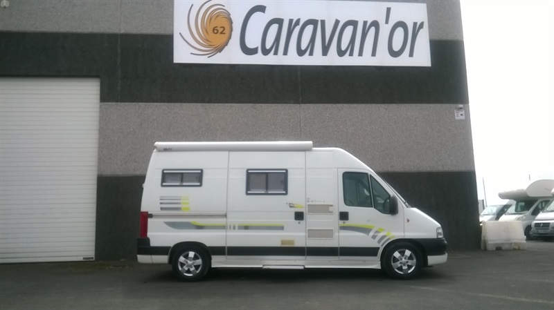 trigano eurocamp 2 occasion de 2006 fiat camping car en vente sailly labourse pas de calais. Black Bedroom Furniture Sets. Home Design Ideas