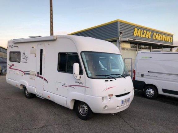 Occasion Rapido Rapido 985 M vendu par YPOCAMP BALZAC CAMPING CARS