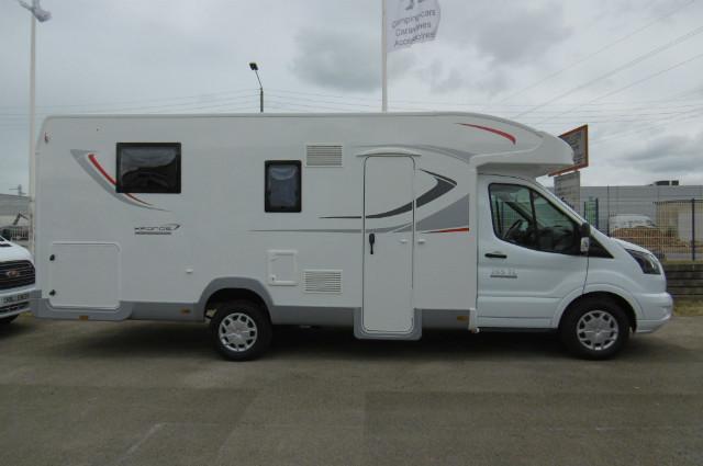 expo 7 camping car caravane autos post. Black Bedroom Furniture Sets. Home Design Ideas