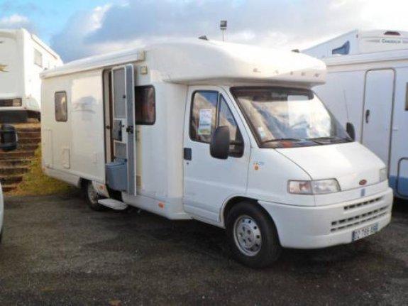 laika camping car occasion fiat camping car en vente montrem dordogne 24. Black Bedroom Furniture Sets. Home Design Ideas