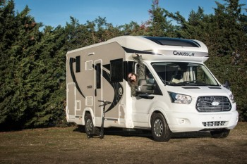 chausson titanium 758 eb neuf de 2018 ford camping car en vente soual tarn 81. Black Bedroom Furniture Sets. Home Design Ideas