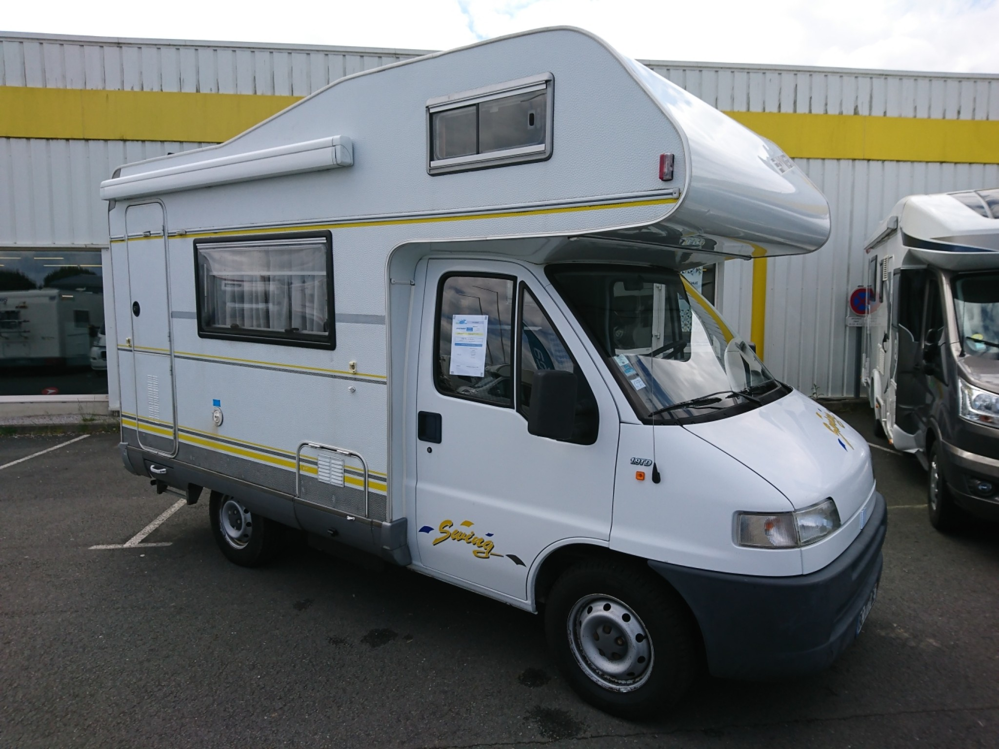 Hymer Swing 494 occasion de 1999 - Fiat - Camping car en