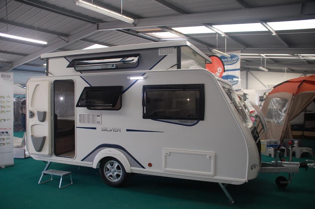 trigano silver 380 cp neuf de 2018 caravane en vente la ferte bernard sarthe 72. Black Bedroom Furniture Sets. Home Design Ideas