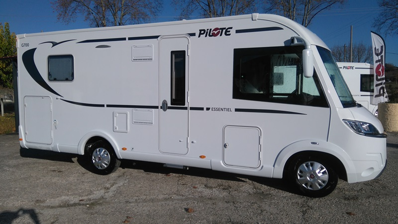 pilote g 700 c neuf porteur fiat duca o 2 3l mul ije ch diesel camping car vendre en tarn 81. Black Bedroom Furniture Sets. Home Design Ideas