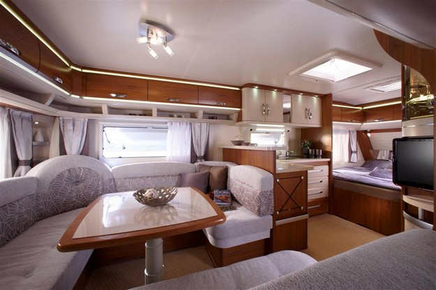 hobby 560 cfe premium occasion de 2012 caravane en vente nice alpes maritimes 06. Black Bedroom Furniture Sets. Home Design Ideas