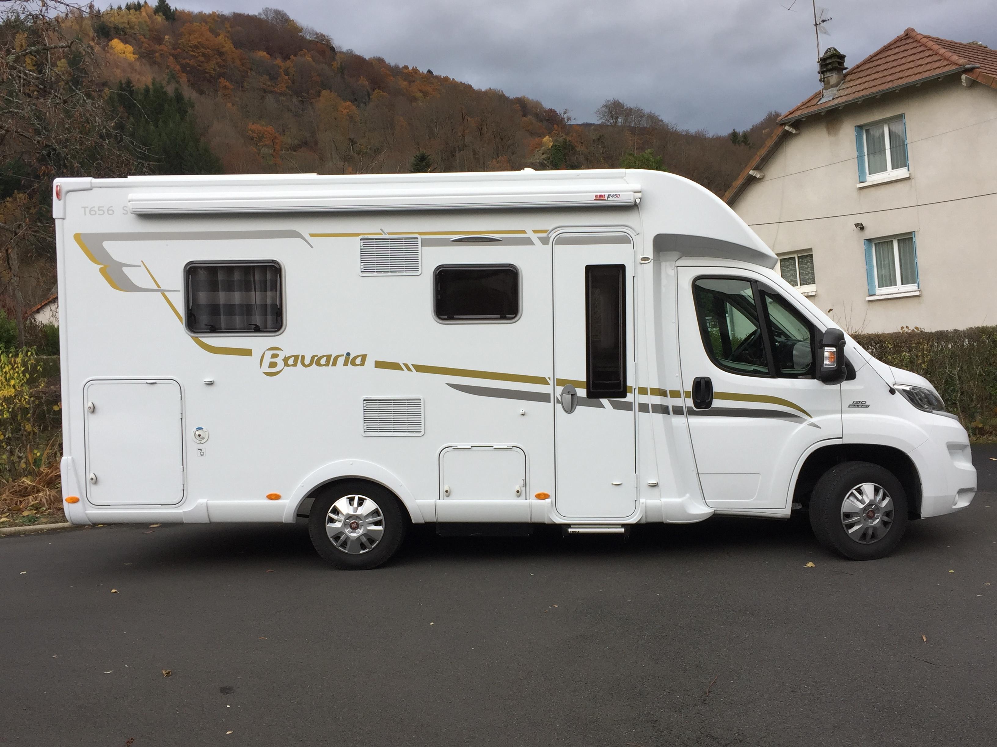 bavaria t 656 c style occasion de 2016 fiat camping car en vente puy de dome 63. Black Bedroom Furniture Sets. Home Design Ideas