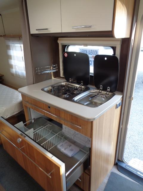 sterckeman starlett comfort 480 cp neuf de 2017 caravane en vente mulsanne sarthe 72. Black Bedroom Furniture Sets. Home Design Ideas