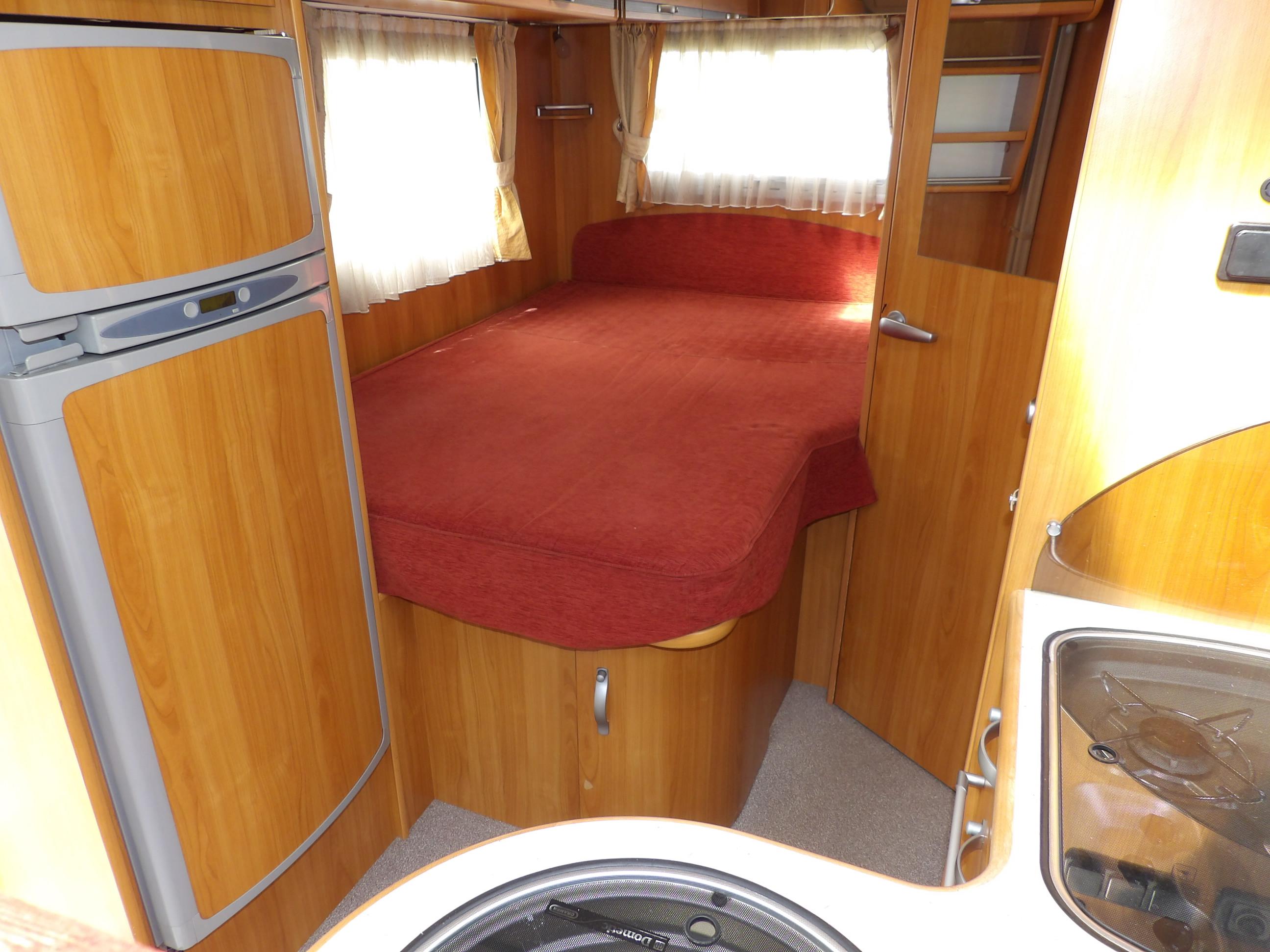 autostar auros 80 occasion de 2008 fiat camping car en vente locoal mendon sortie 36. Black Bedroom Furniture Sets. Home Design Ideas