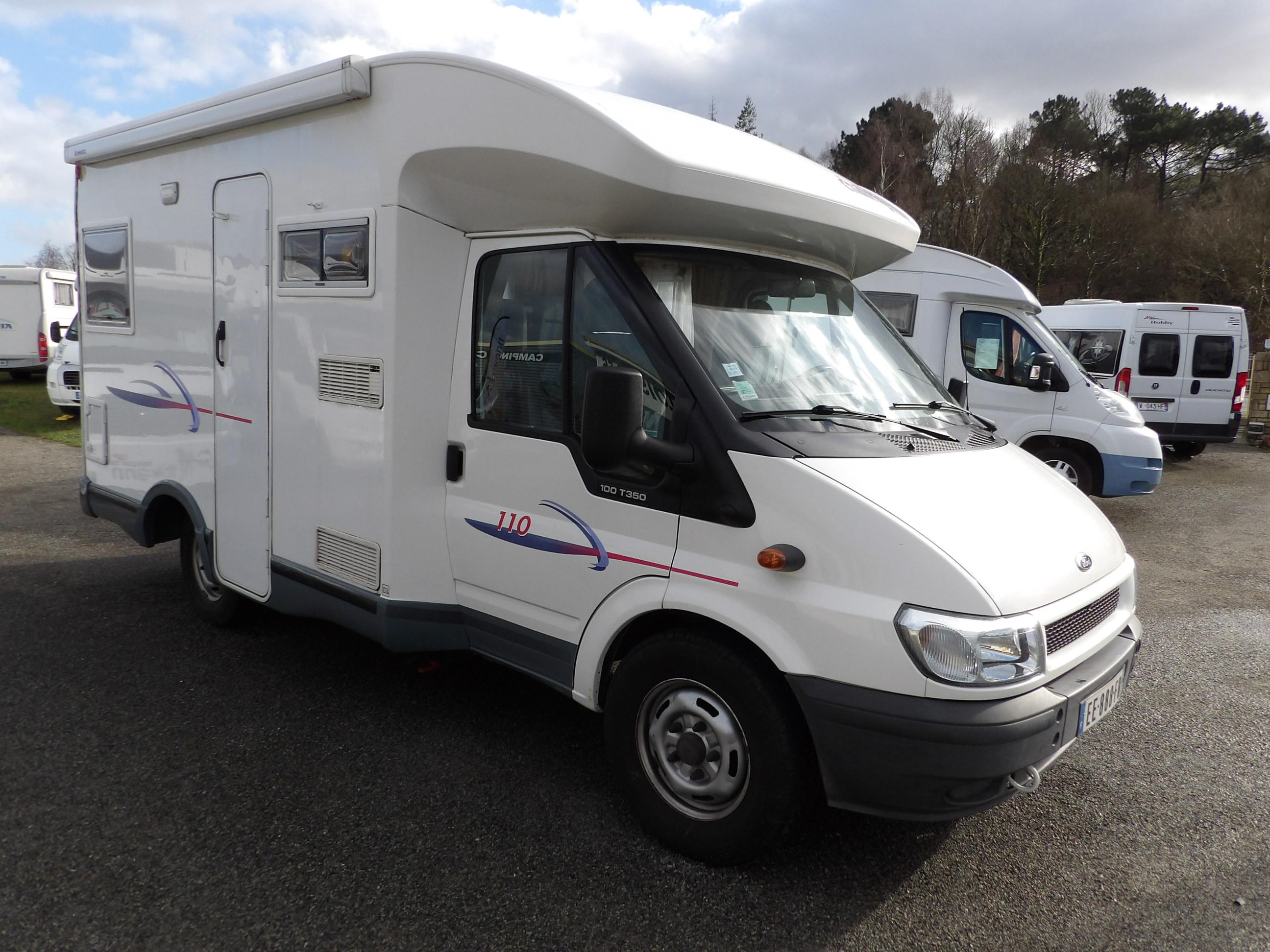 challenger 110 occasion de 2005 ford camping car en vente locoal mendon sortie 36. Black Bedroom Furniture Sets. Home Design Ideas