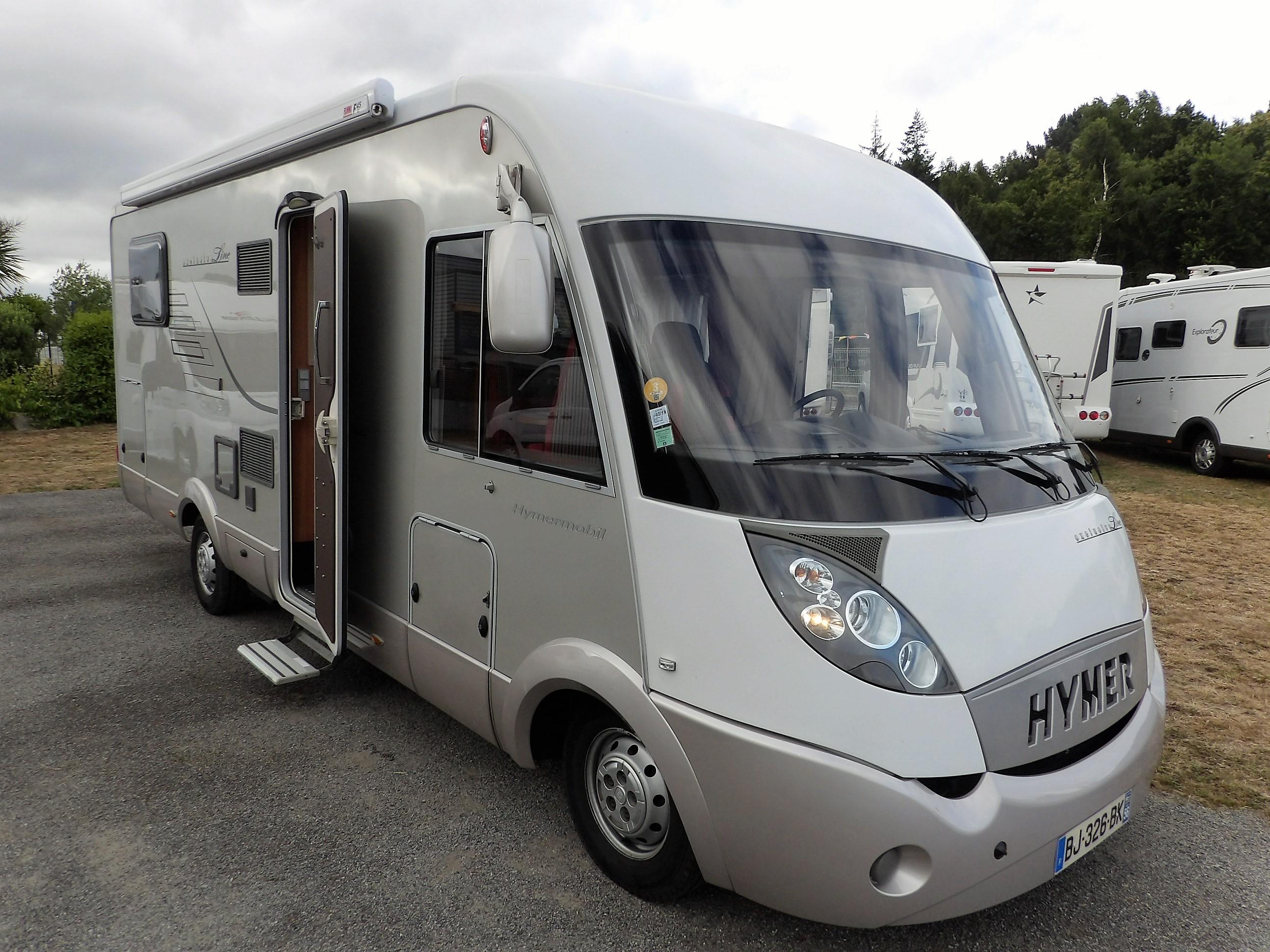hymer 698 cl occasion de 2011 fiat camping car en vente locoal mendon sortie 36 morbihan 56. Black Bedroom Furniture Sets. Home Design Ideas