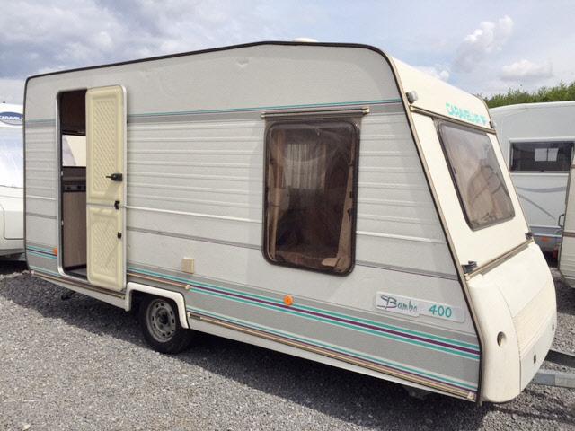 caravelair bamba 400 occasion de 1995 caravane en vente saint leger sur dheune saone et loire. Black Bedroom Furniture Sets. Home Design Ideas