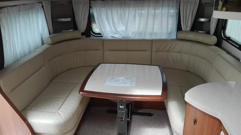 hobby premium 650 uff occasion de 2014 caravane en vente nogent le rotrou eure et loire 28. Black Bedroom Furniture Sets. Home Design Ideas