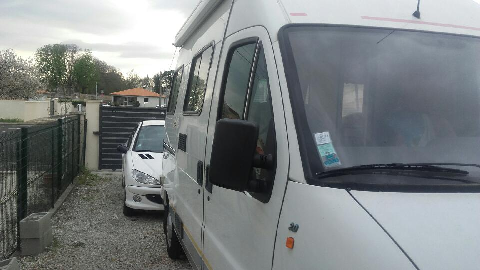 fiat ducato 122 occasion de 1999 ducato camping car en vente st yrieix charente 16. Black Bedroom Furniture Sets. Home Design Ideas