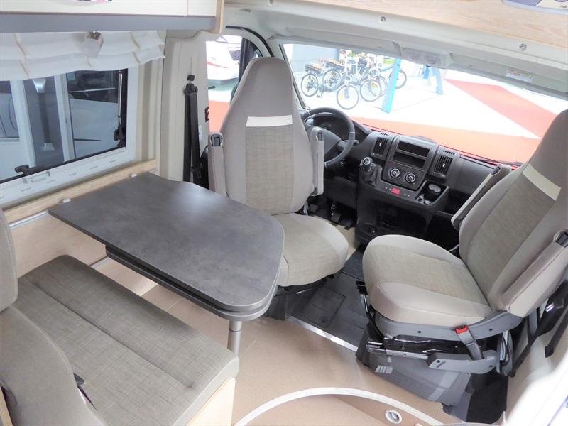 Globecar Summit 640