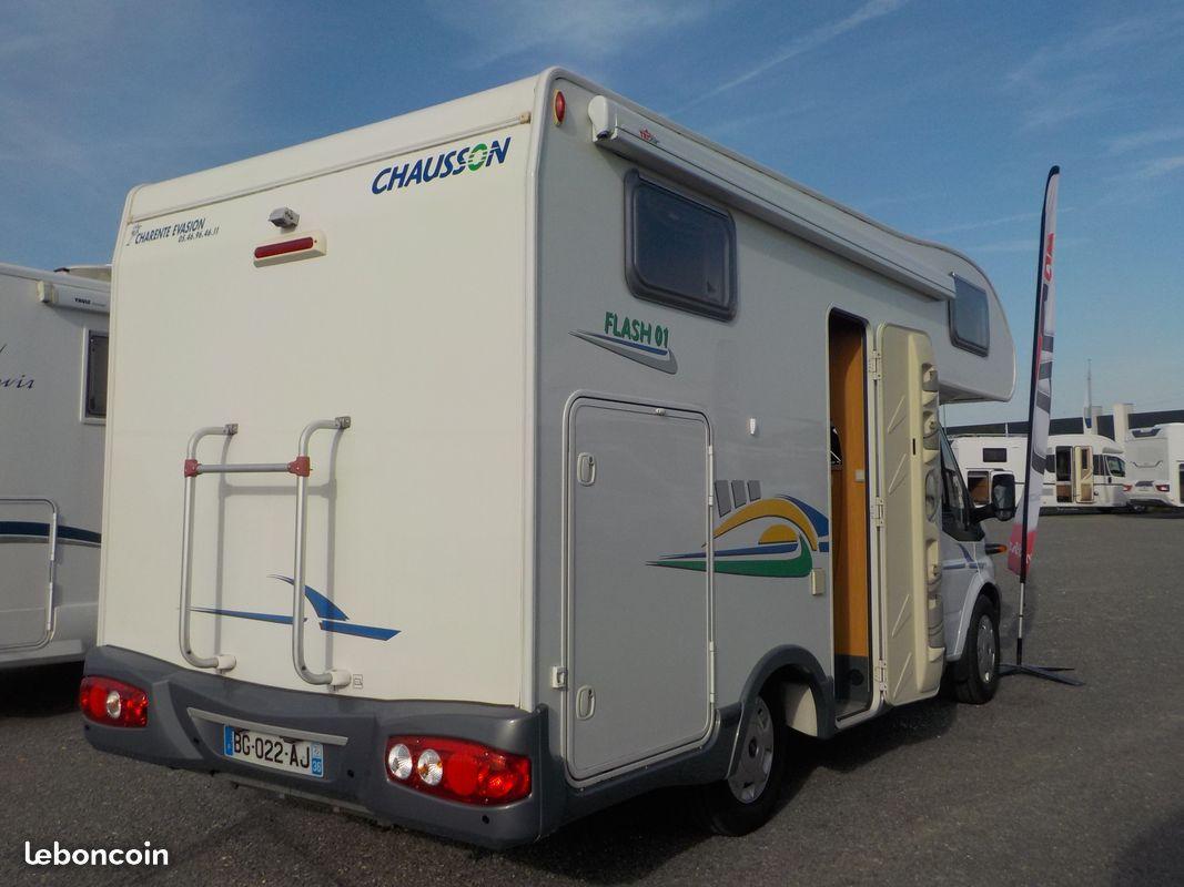 Chausson flash 01 occasion de 2007 ford camping car en for Garage auto saint maur